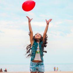 Mädchen-Luftballon